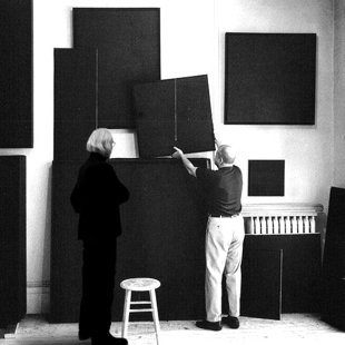 "New york 1962, Add Reinhardt studio. to the wall's famous ""ultimates paintings"""